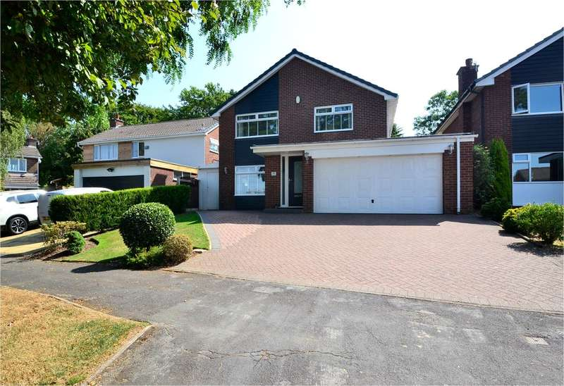 4 Bedrooms Detached House for sale in Brambling Close, Offerton, Stockport SK2 5UE