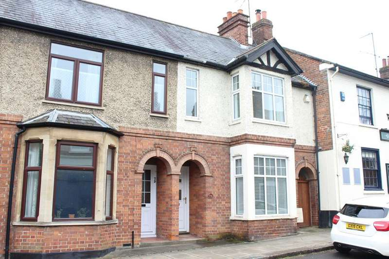 3 Bedrooms Terraced House for sale in High Street, Hungerford RG17