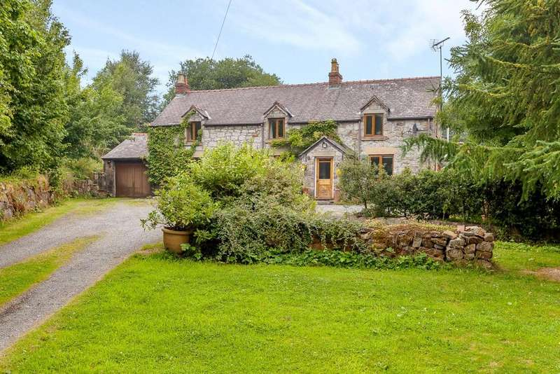 5 Bedrooms Detached House for sale in Llanarmon Road, Bwlchgwyn, Wrexham, LL11