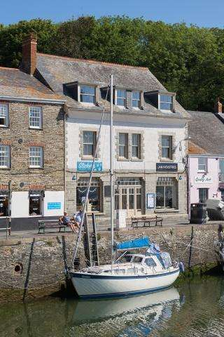 2 Bedrooms Apartment Flat for sale in Padstow