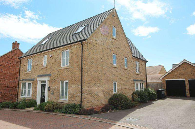 6 Bedrooms Detached House for sale in Adams Drive, St. Ives