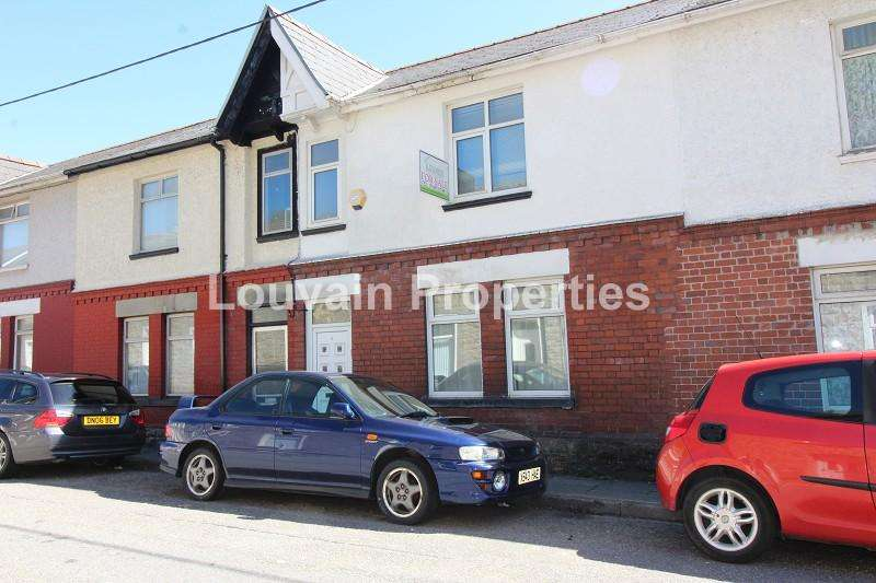 3 Bedrooms Terraced House for sale in Eureka Place, Ebbw Vale, Blaenau Gwent. NP23 6LG
