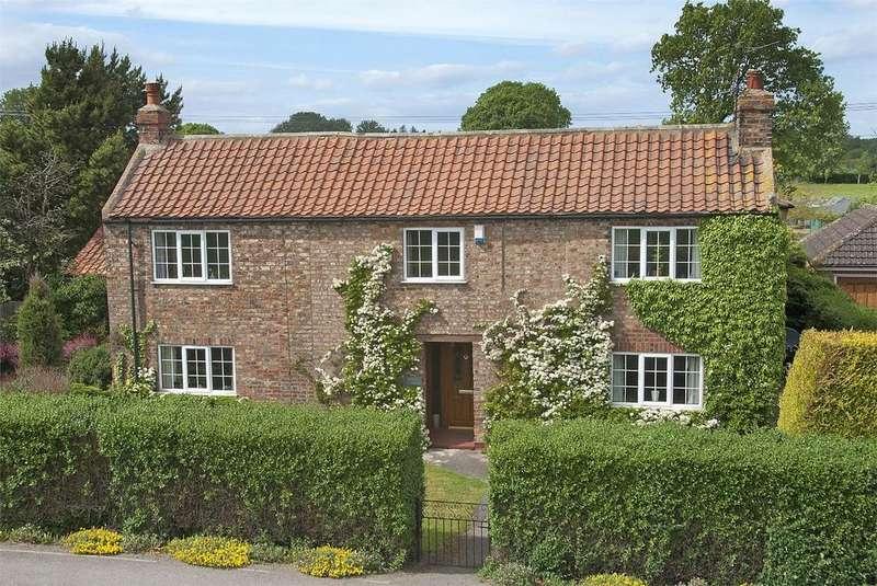 4 Bedrooms Detached House for sale in Stamford Bridge Road, Gate Helmsley, York