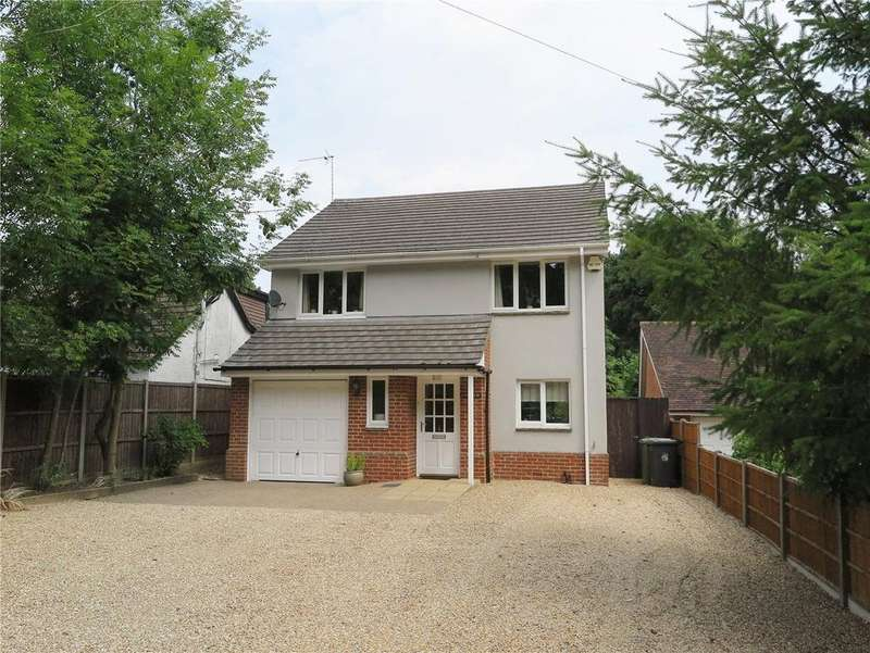 4 Bedrooms Detached House for sale in Headley Road, Lindford, Bordon, Hampshire, GU35