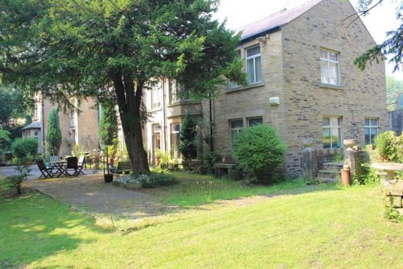 5 Bedrooms Manor House Character Property for sale in Hawkshead Road, Old Glossop