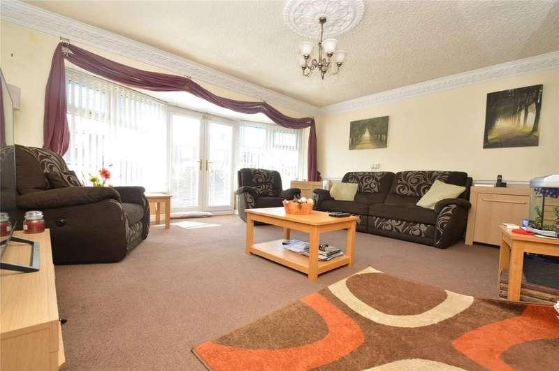 4 Bedrooms Semi Detached Bungalow for sale in Burns Drive, Accrington, Lancashire, BB5