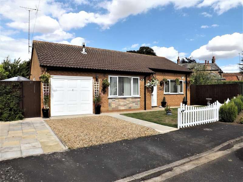 2 Bedrooms Detached Bungalow for sale in Church Green, Long Sutton