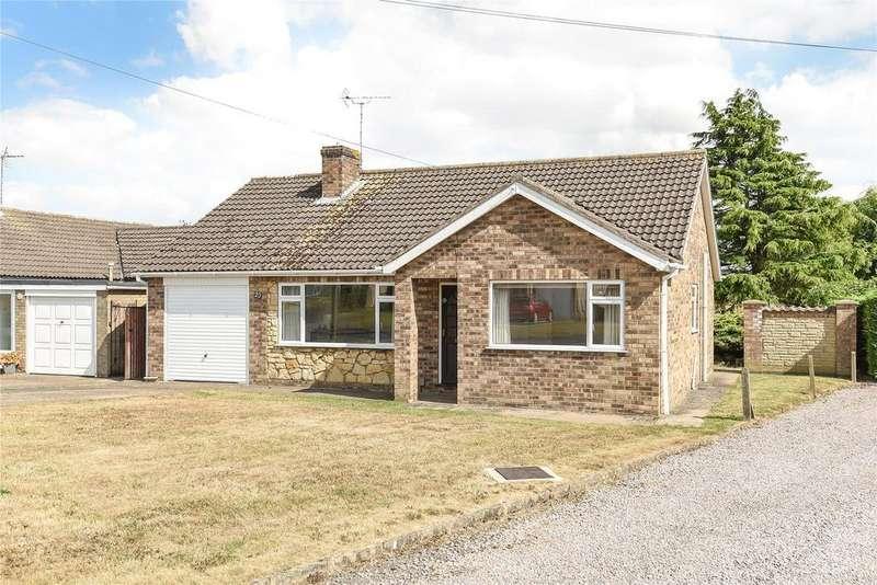 3 Bedrooms Detached Bungalow for sale in Hartland Avenue, North Hykeham, LN6