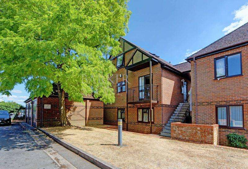 2 Bedrooms Apartment Flat for sale in Denton delight