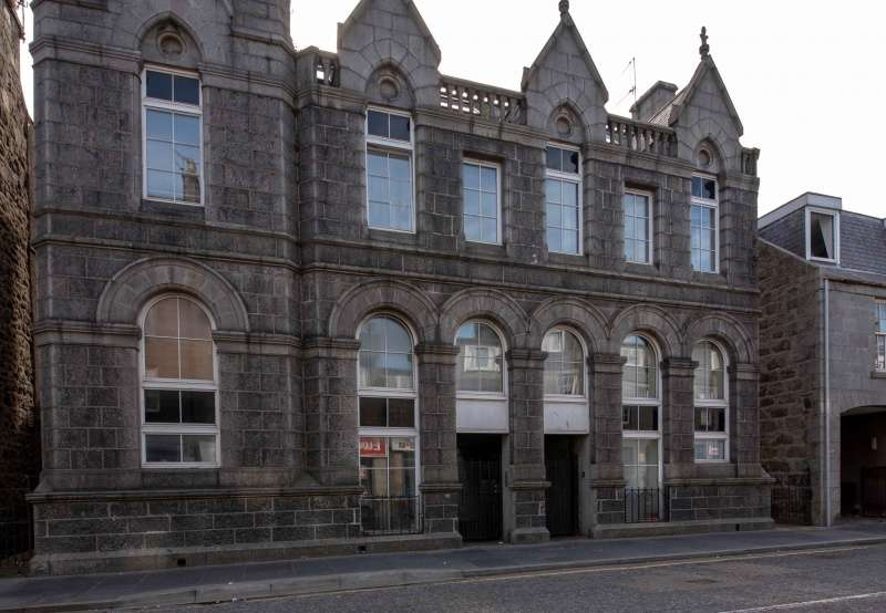 2 Bedrooms Flat for sale in George Street, Aberdeen, Aberdeenshire, AB25 1ED