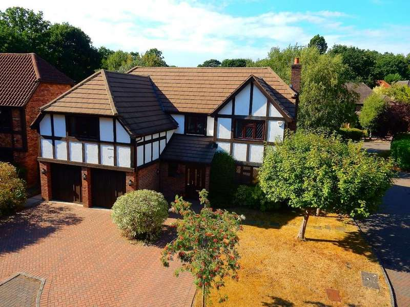5 Bedrooms Detached House for rent in Lansdowne Road
