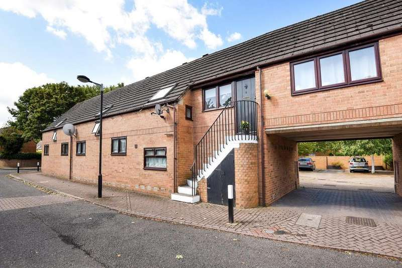 Studio Flat for sale in Capstan Way, Surrey Quays