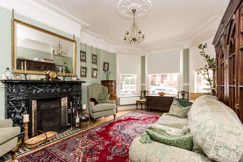 3 Bedrooms Semi Detached House for sale in Prout Grove, Neasden, NW10