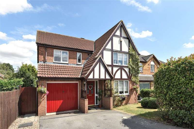 4 Bedrooms Detached House for sale in Worcester Close, Bracebridge Heath, LN4
