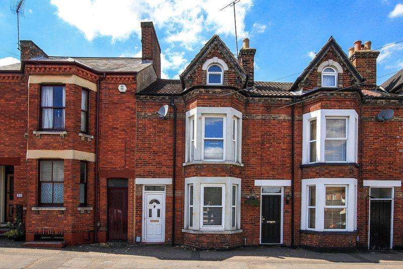 3 Bedrooms Terraced House for sale in LINSLADE