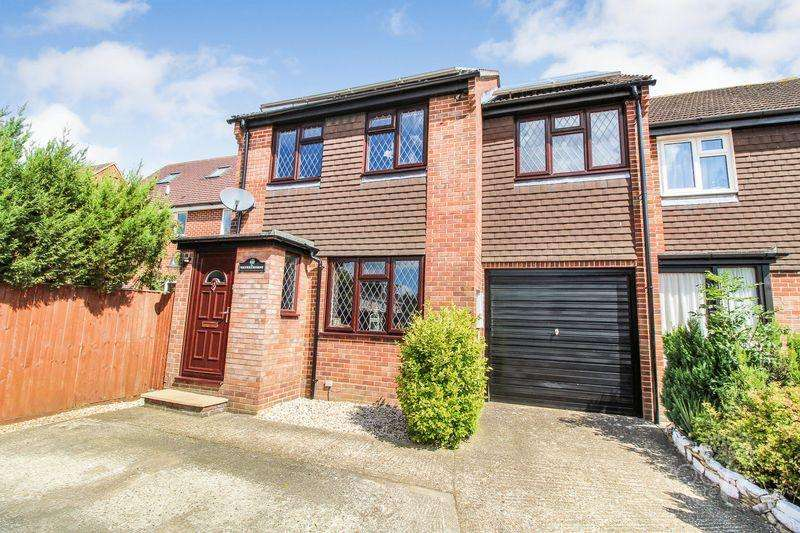 3 Bedrooms End Of Terrace House for sale in Robertsfield, Thatcham