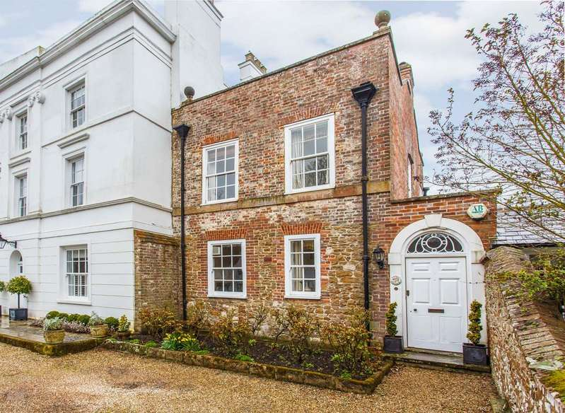 3 Bedrooms House for sale in Monks Walk, Winchelsea, East Sussex TN36 4ES
