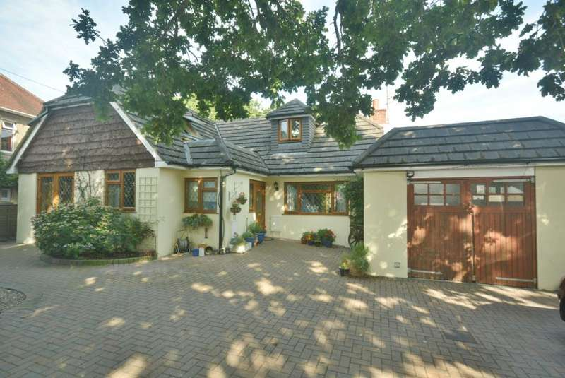 4 Bedrooms Detached Bungalow for sale in COLEHILL