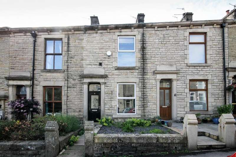2 Bedrooms Terraced House for sale in Park Road, Darwen, BB3
