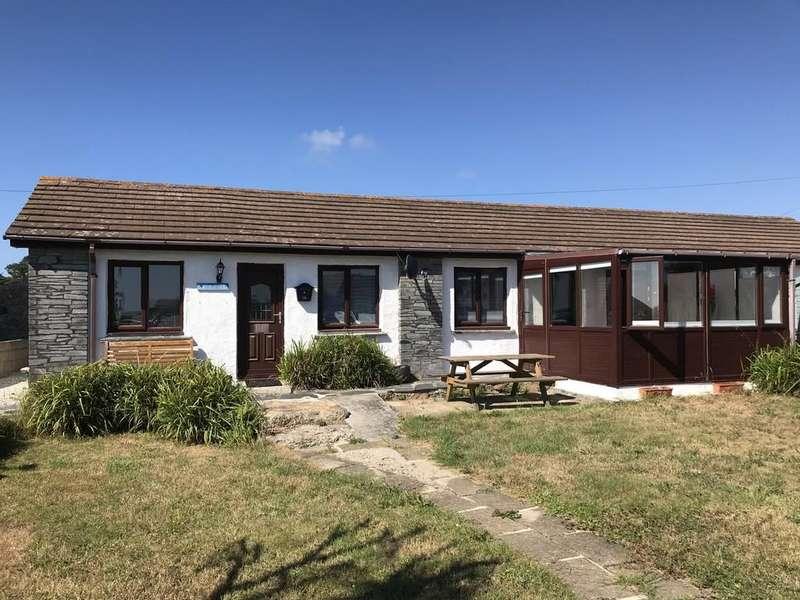3 Bedrooms Terraced Bungalow for sale in Sennen, Penzance