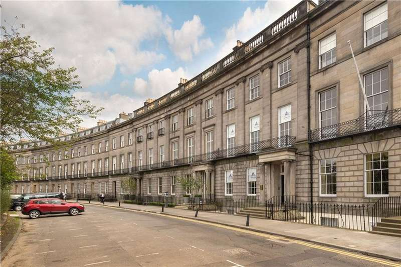 2 Bedrooms Penthouse Flat for sale in Atholl Crescent, Edinburgh, Midlothian, EH3