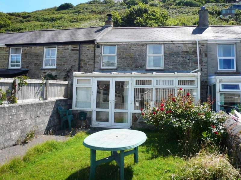 3 Bedrooms Terraced House for sale in Tregea Terrace, Portreath, TR16