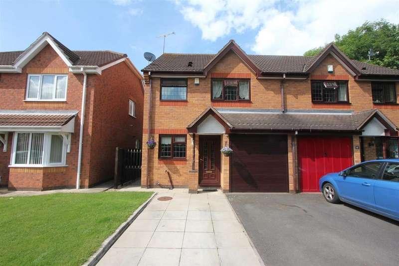 3 Bedrooms Semi Detached House for sale in Aldin Way, Hinckley