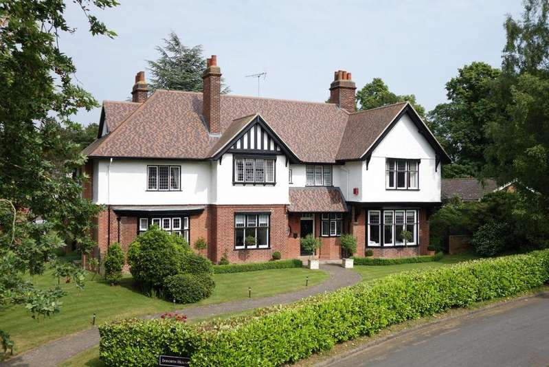 7 Bedrooms Detached House for sale in Ixworth House, Ixworth