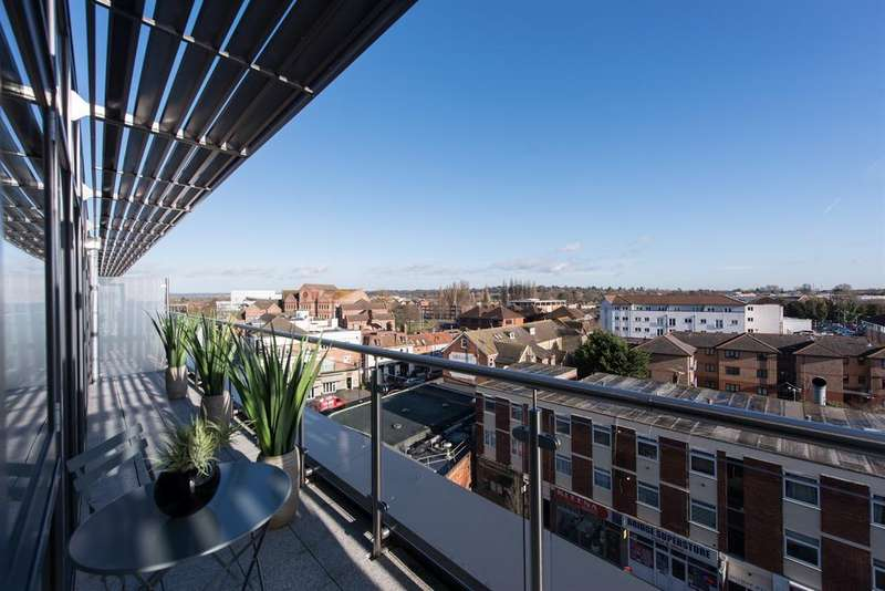 2 Bedrooms Penthouse Flat for sale in The Picturehouse, High Street, Maidenhead