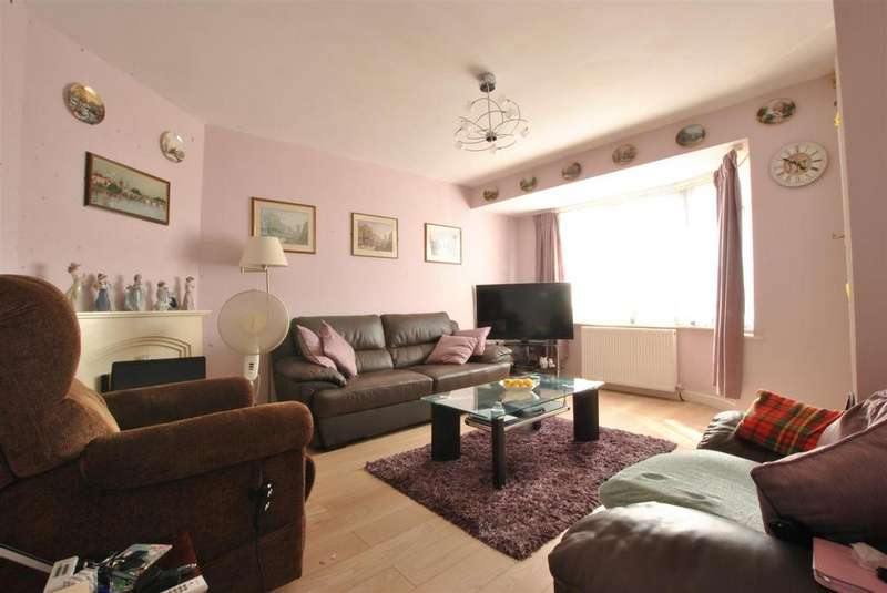3 Bedrooms Semi Detached House for sale in Novers Park Drive, Bristol