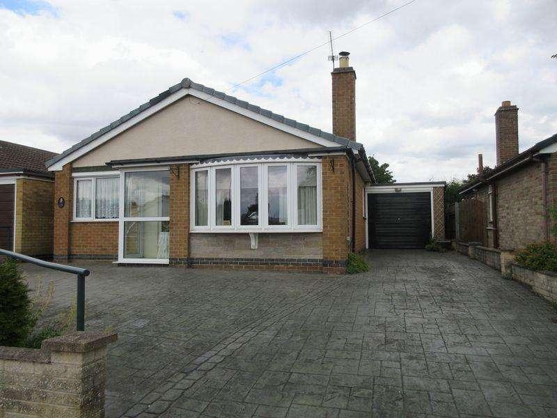 3 Bedrooms Bungalow for sale in Launceston Drive, Hugglescote