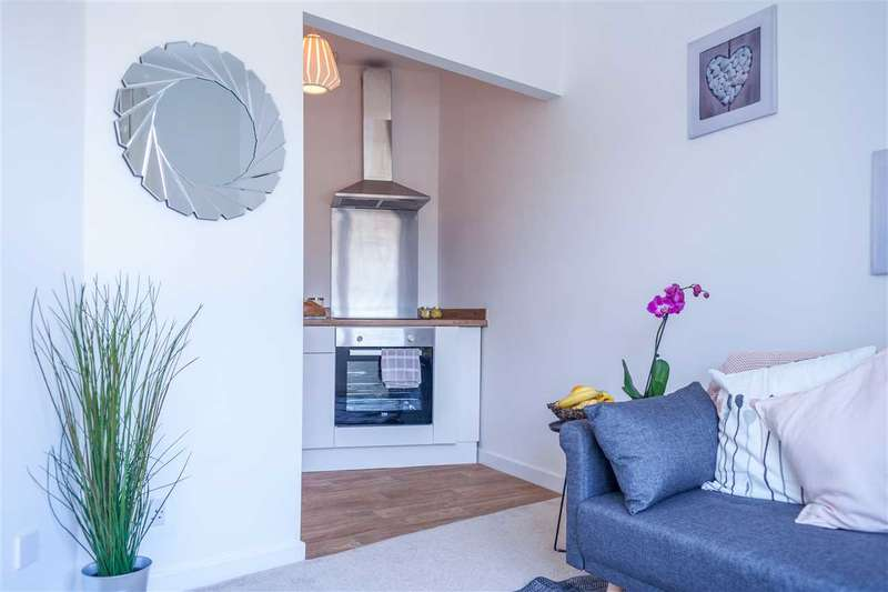 1 Bedroom Apartment Flat for sale in Chalks Road, Redfield, Bristol