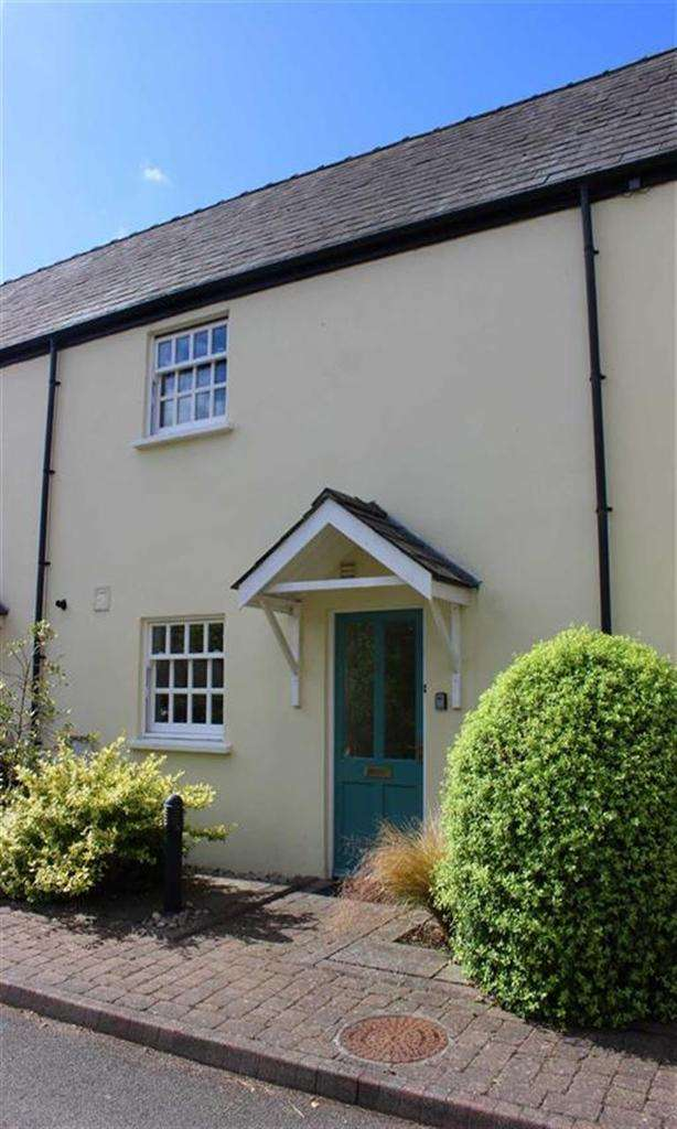 3 Bedrooms Terraced House for sale in St James Mews, Monmouth
