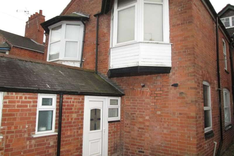1 Bedroom Flat for sale in Glenfield Road, Leicester, LE3