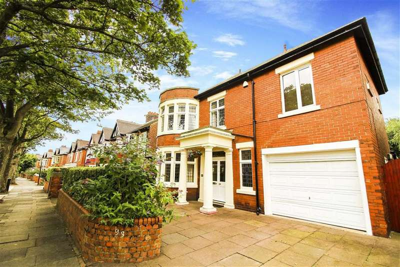 5 Bedrooms Detached House for sale in Grosvenor Drive, Whitley Bay