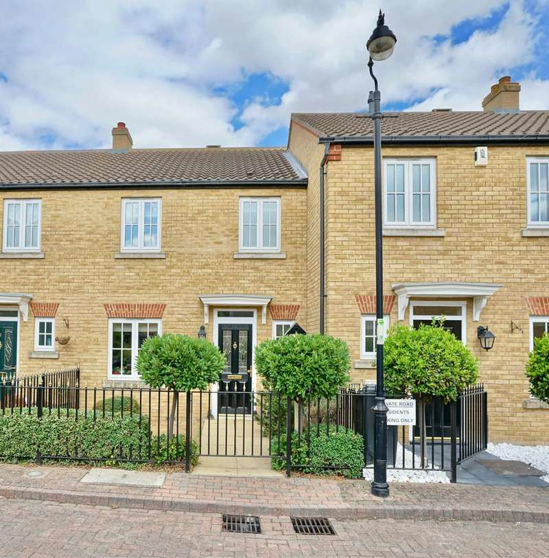 3 Bedrooms Terraced House for sale in Greens Close, Sandy