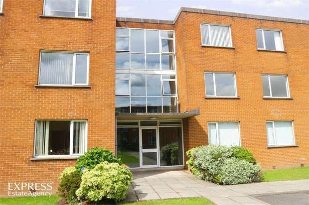 2 Bedrooms Flat for sale in Rugby Avenue, Bangor, County Down