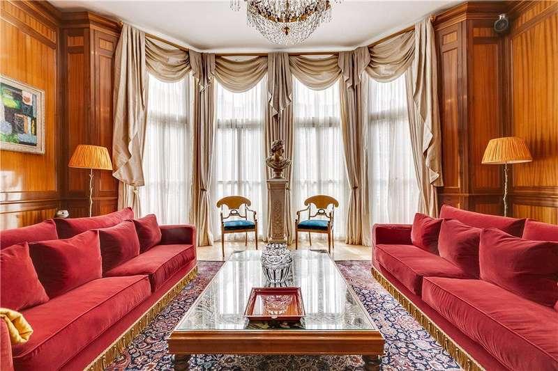 2 Bedrooms Maisonette Flat for sale in Bramham Gardens, London, SW5