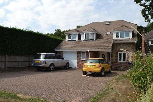 6 Bedrooms Detached House for sale in Thallow House, Baughurst Road, Baughurst, Tadley