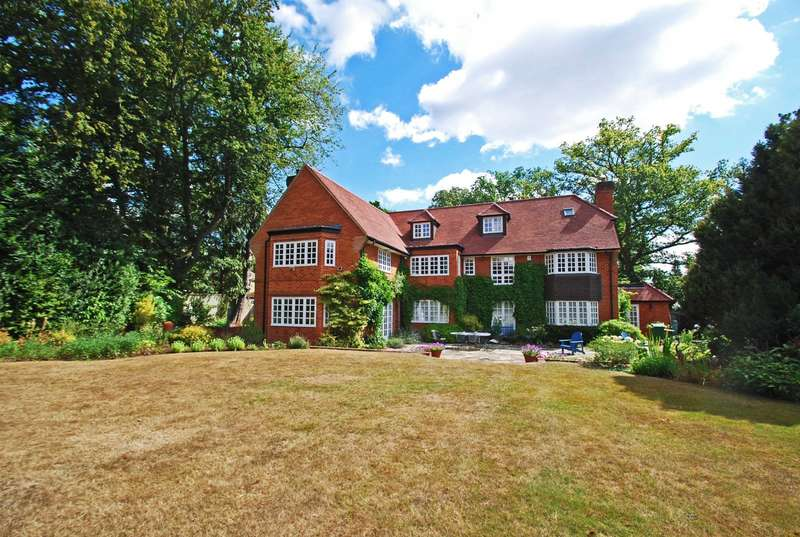 6 Bedrooms Detached House for sale in Cambridge Road, Beaconsfield, HP9