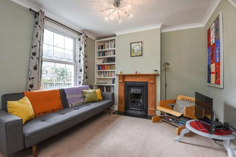 2 Bedrooms End Of Terrace House for sale in Lyveden Road London SE3