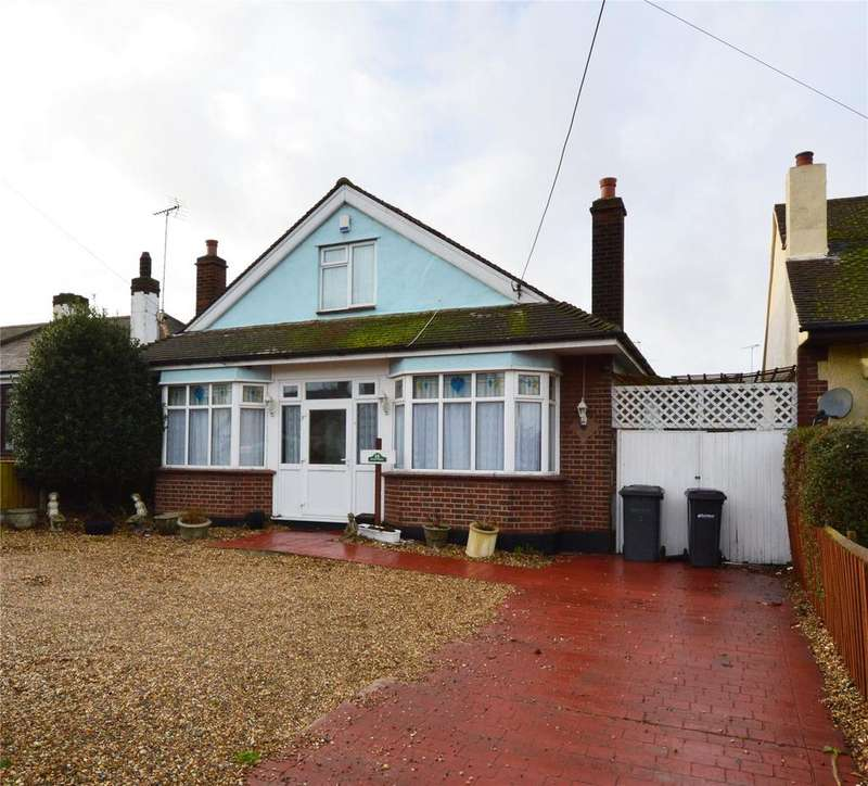 4 Bedrooms Detached Bungalow for sale in Southend Road, Rochford, Essex, SS4