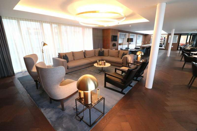 3 Bedrooms Apartment Flat for sale in Buckingham Palace Road, Nova Building, Victoria London, SW1W