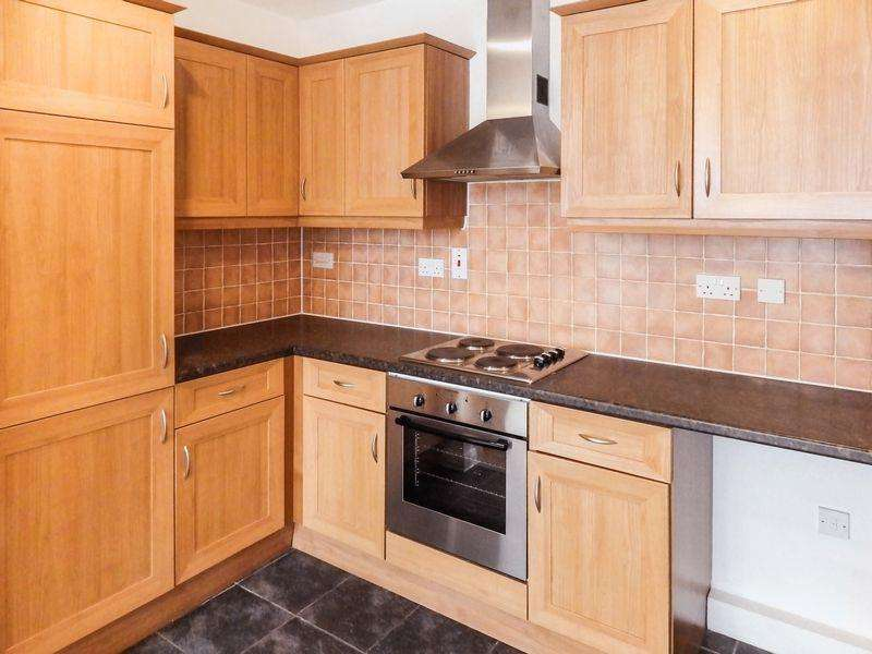 1 Bedroom Apartment Flat for sale in ***Attention All London Commuters ***