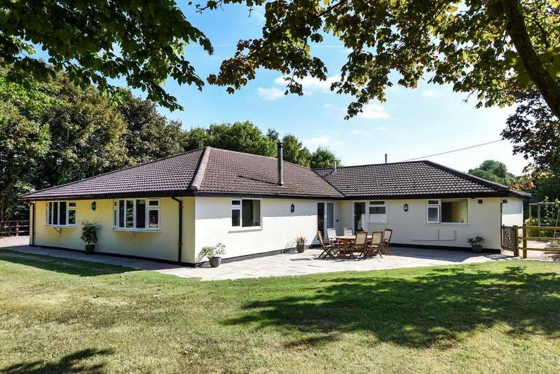 5 Bedrooms Bungalow for sale in Kirby Bellars LEICESTERSHIRE