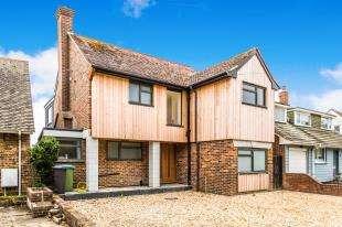 4 Bedrooms Detached House for sale in Elmer Court, Elmer, Bognor Regis, West Sussex