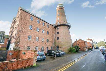 2 Bedrooms Flat for sale in Crown Mill, Vernon Street, Lincoln, Lincolnshire