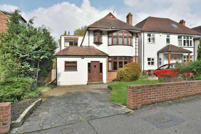 4 Bedrooms Detached House for sale in Billy Lows Lane, Potters Bar, EN6