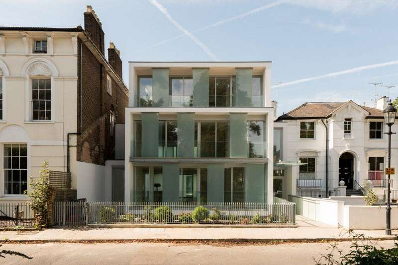 House for sale in Barnsbury Square, Islington, London, N1