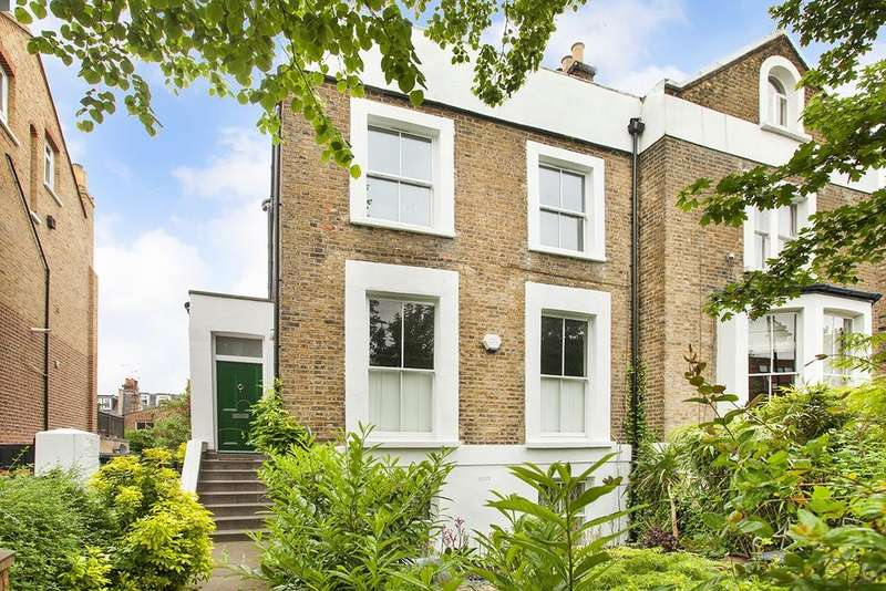 3 Bedrooms Apartment Flat for sale in Stock Orchard Crescent, London, N7